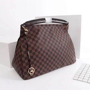 Louis Vuitton artsy MM damier ebene